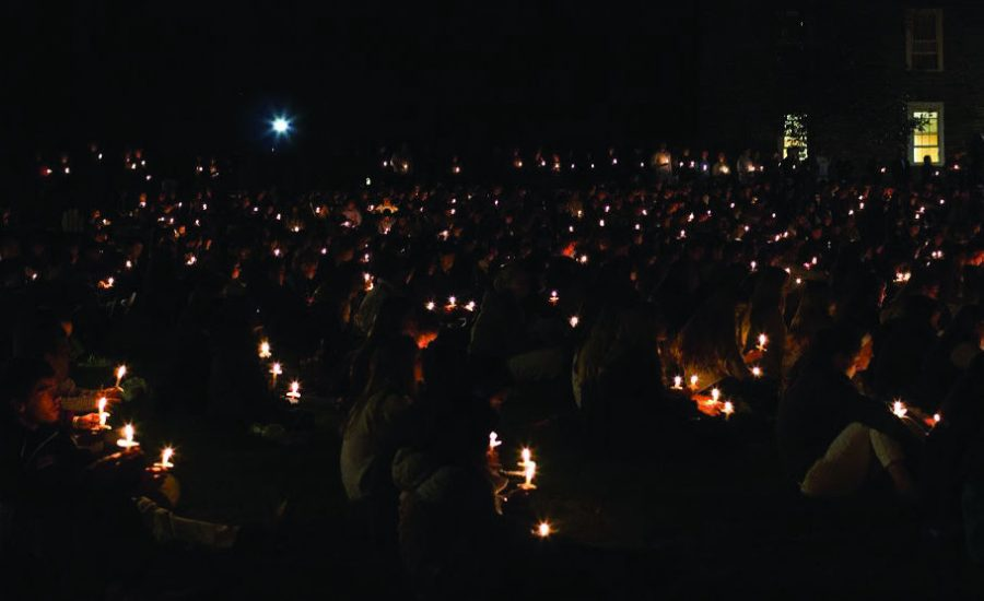 More+than+2%2C000+members+of+the+Colgate+community+congregated+on+the+Academic+Quad+to+commemorate+the+lives+of+Depuy+and+Adams.