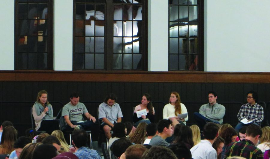 """The senior class shares their experiences at the """"Class of 2019 Dinner"""" series, while the first-years listened with their Link groups."""