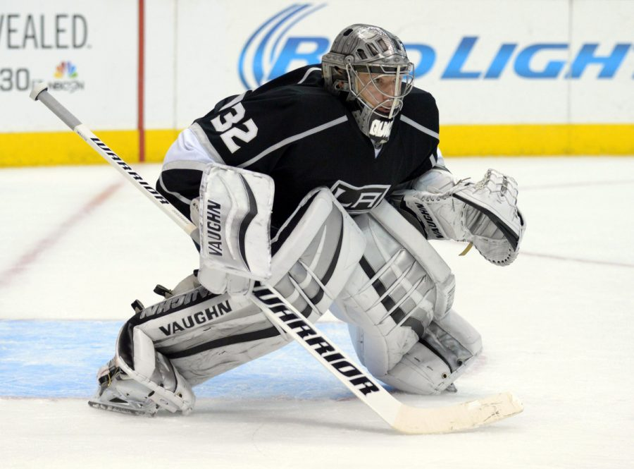 Kings goaltender Jonathan Quick will need to have a quick glove if he wants to get his team back in contention in their opening round series.