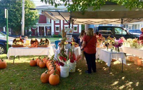 Hamilton Farmer's Market Fills Community with Warmth and Charm
