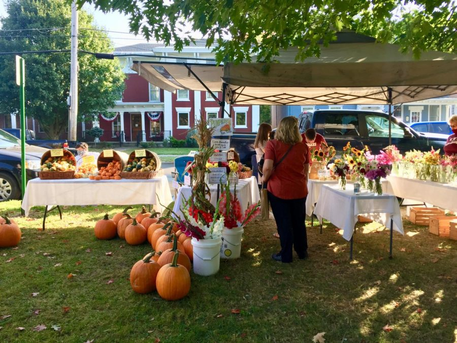 Hamilton Farmer's Market Fills Community with Warmth and Charm