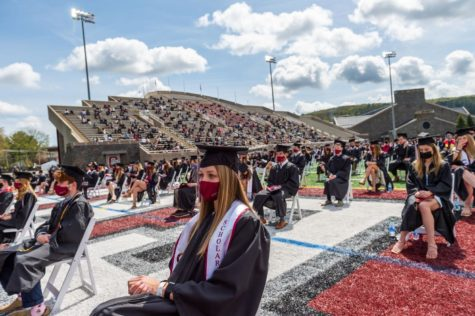 Colgate Holds In-Person Commencement for Class of 2021