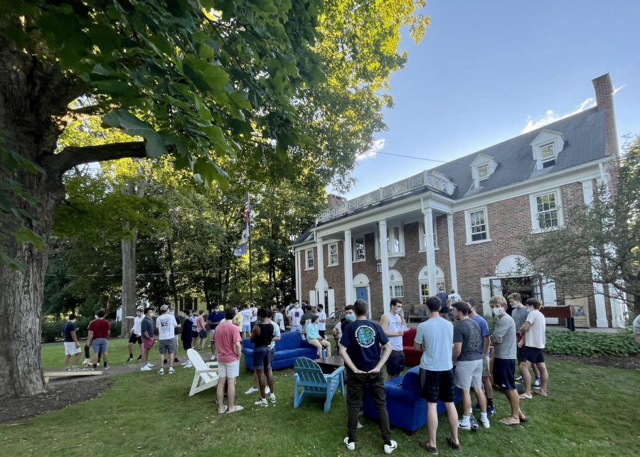 RUSH+RETURNS%3A+Fraternity+Rush+was+held+from+Sept.+15-19+in+a+hybrid+format+with+in-person+events+occurring+outdoors%2C+sometimes+in+event+tents+in+backyards.