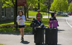 TRAVELER TESTING: As students prepare for fall break travel, the University re-opens 'worried-but-well' testing options upon departure and return.